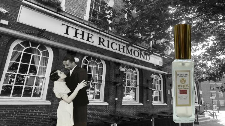 JIM GATES R.H.C. ROYAL QUEEN'S - Hugs in Richmond リッチモンドの抱擁 5
